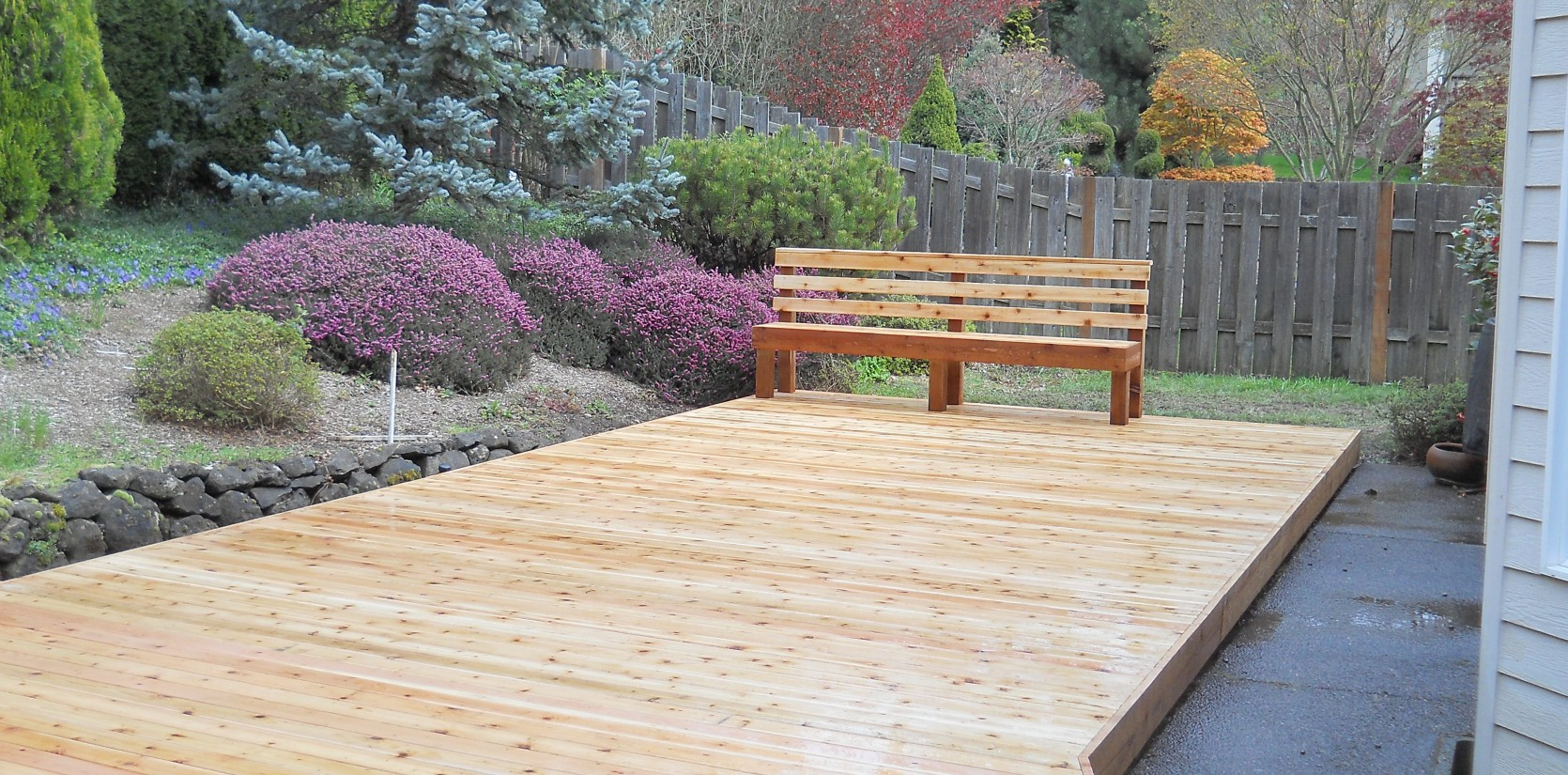Three Rivers custom cedar deck
